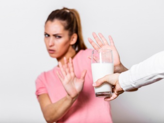 Kann eine Intoleranz der Auslöser für meinen Blähbauch sein?-