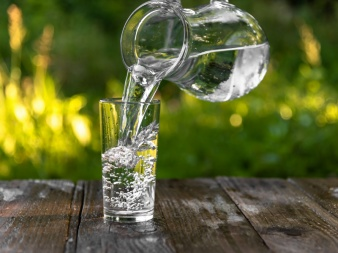 Anleitung für eine Trinkkur mit gesundem Wasser:-