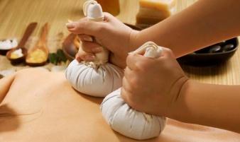 Kräuterstempelmassage-